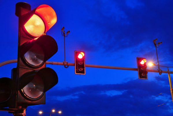 imagem ilustrativa sinal vermelho